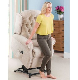 Woburn Lift & Tilt Recliner